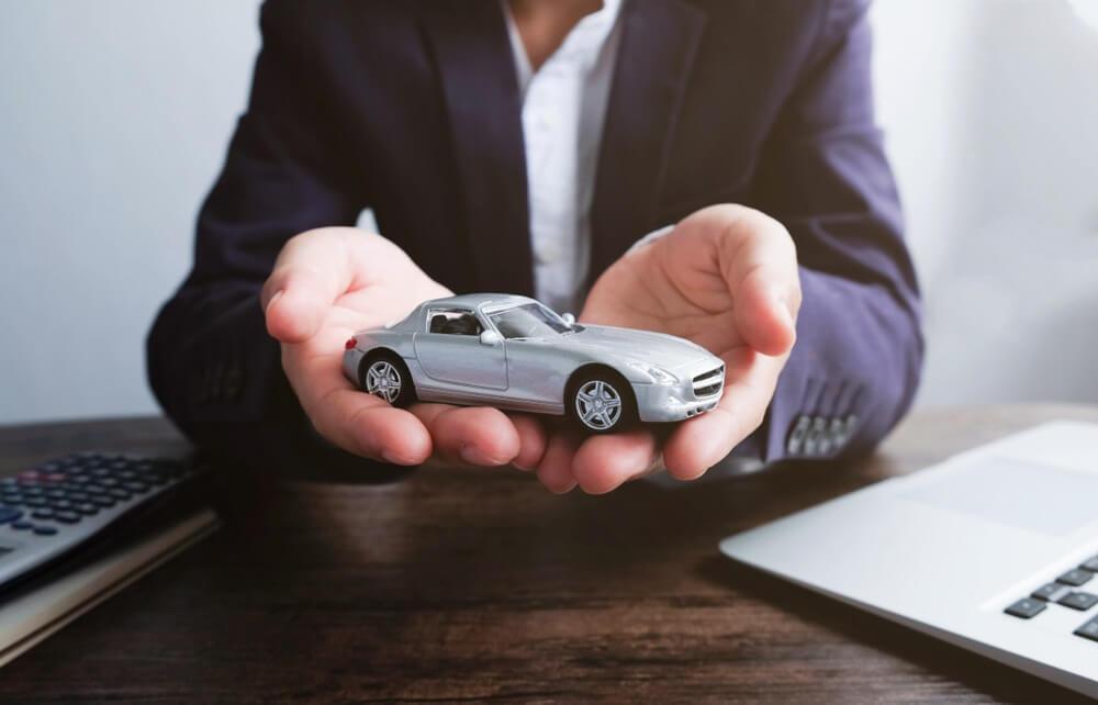 perawatan mobil matic vs manual